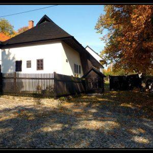Rodný dom Ľ. Štúra a A. Dubčeka v Uhrovci